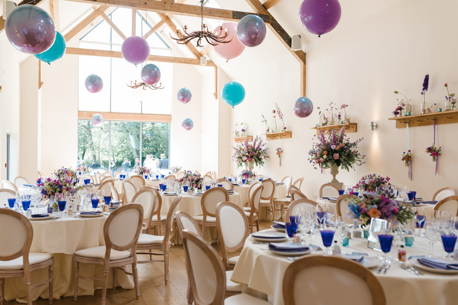 Colourful-Wedding-Breakfast-at-Millbridge-Court