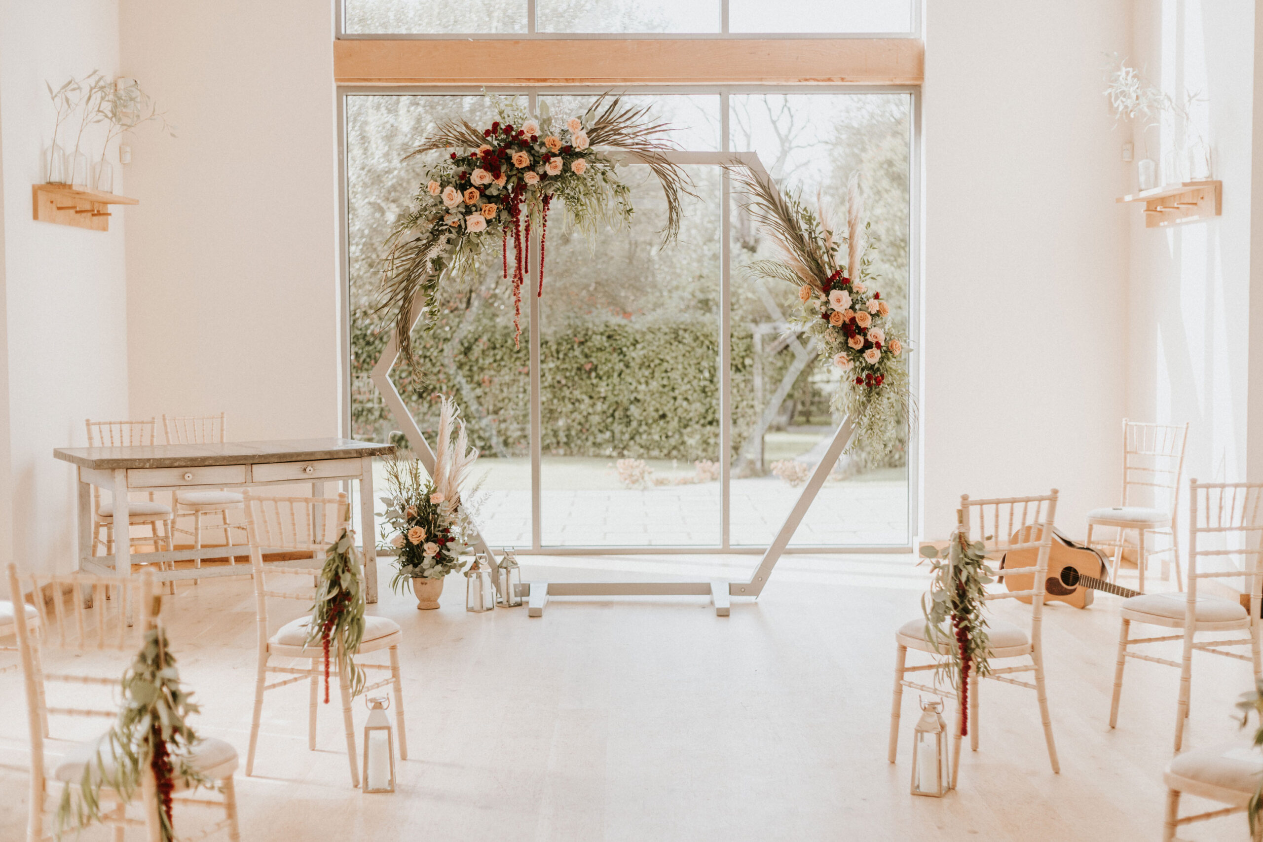 Micro-Wedding-Ceremony-Inspiration