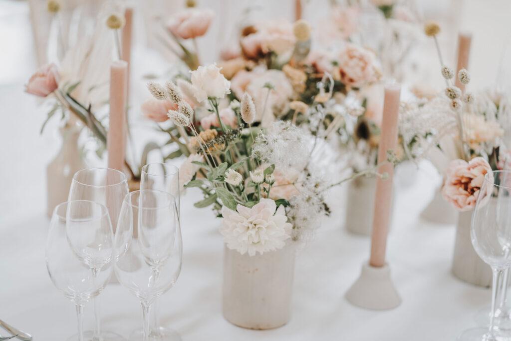 Wedding-Flower-Inspiration-at-Millbridge-Court